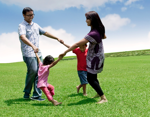 Practice with your family: Yoga therapy tips to relieve stress at home